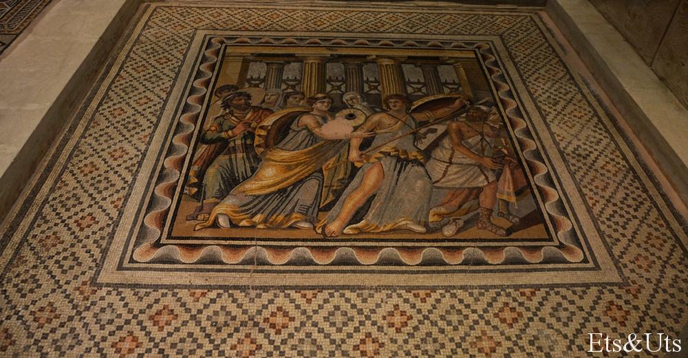 Mosaico de Aquiles descubierto en la casa del rey Lykomedes.