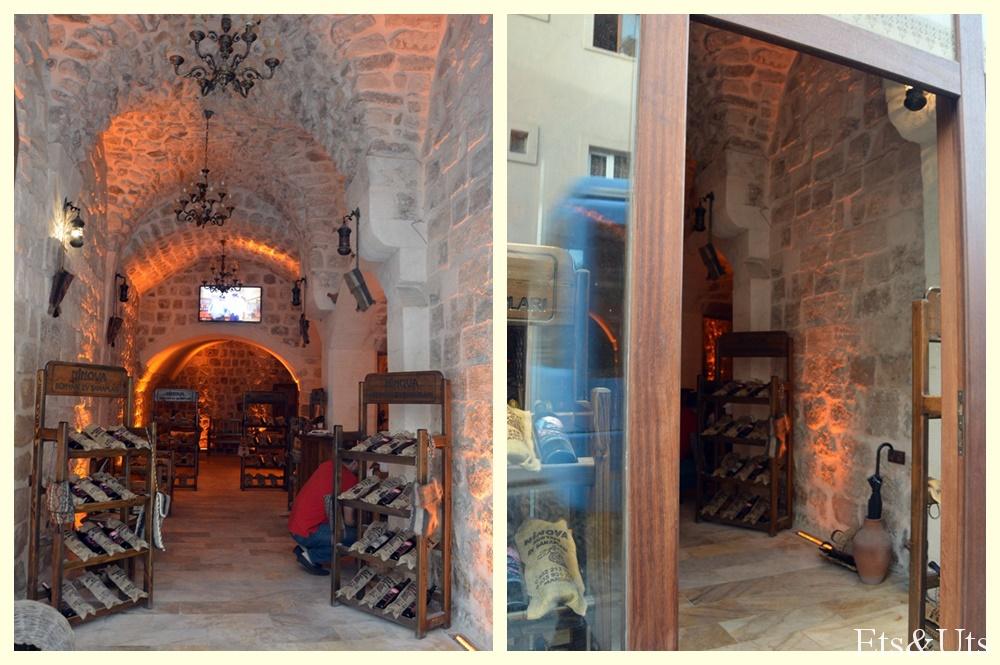 Tienda de vino asirio