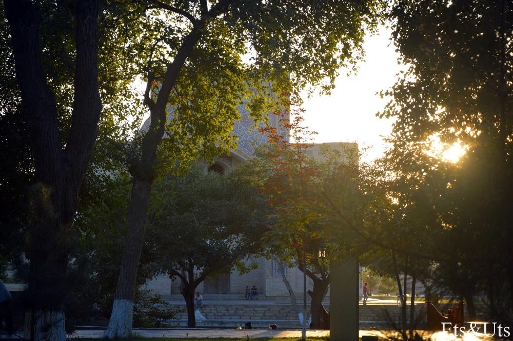 Plaza Lyabi-Hauz2
